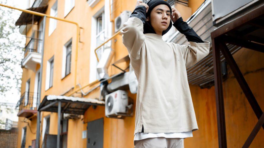 カザフスタンのアイドルグループ出身の人気ラッパー Nurik Smit
